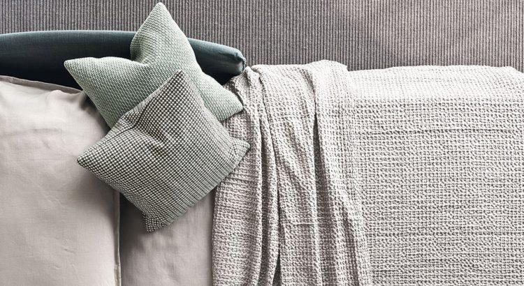 Urban sofa bad divani calligaris ginocchi arredamenti for Ginocchi arredamenti