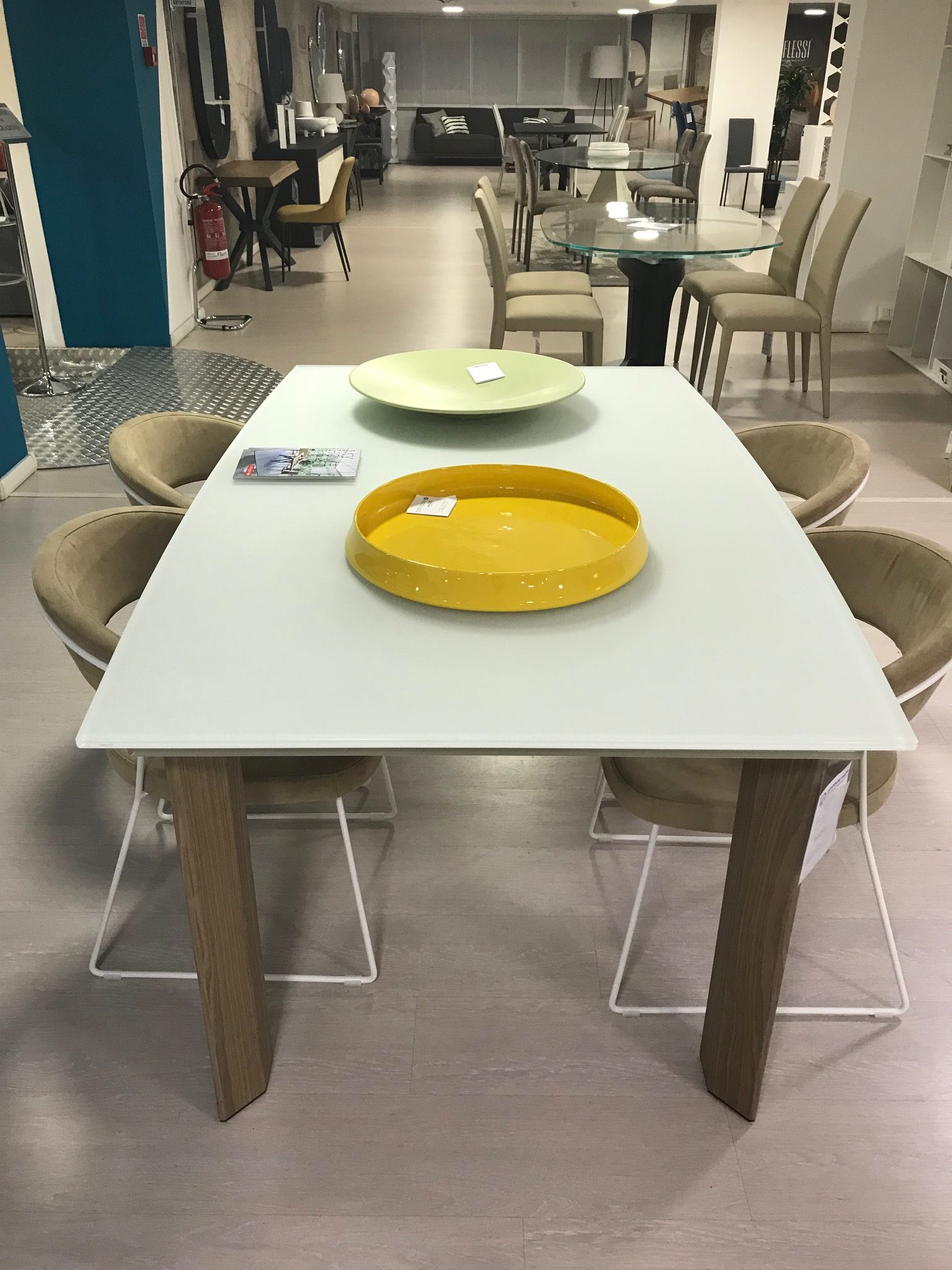Moving calligaris 160x100cm ginocchi arredamenti for Move arredamenti