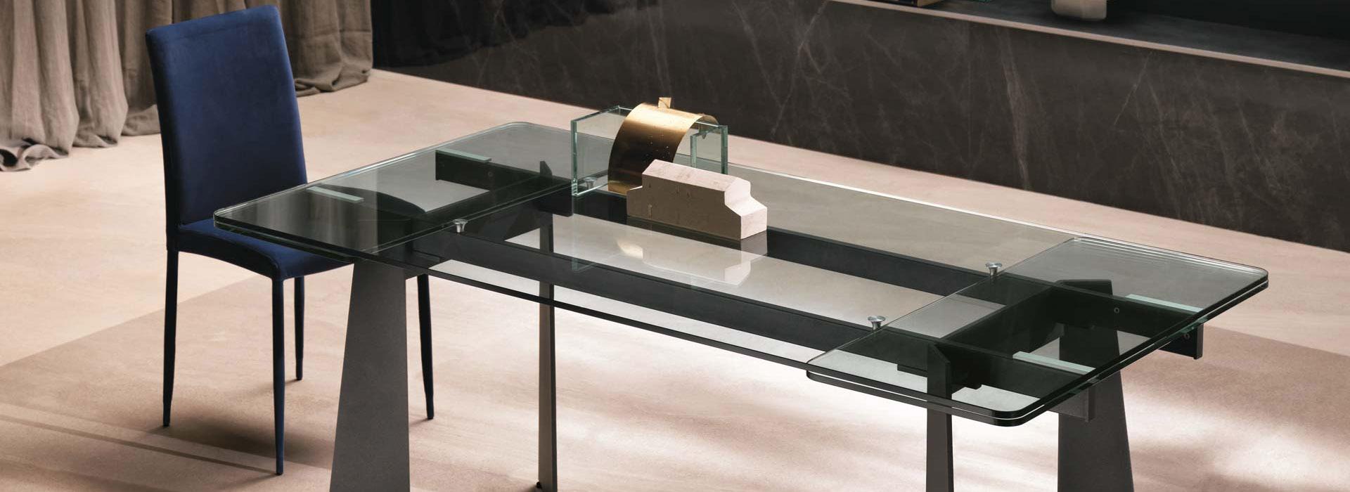 Toledo tavoli riflessi ginocchi arredamenti for Ginocchi arredamenti